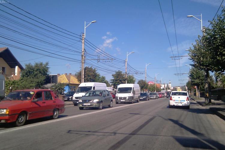 Coloana de masini pe cativa kilometri pe Traian Vuia, in urma accidentului de la Aeroportul International Cluj - VIDEO si FOTO