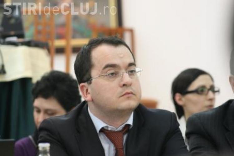 Scandalul de la CFR, in care sunt implicati si directorii Remarul 16 Februarie Cluj-Napoca, face prima victima: clujeanul Emil Sabo