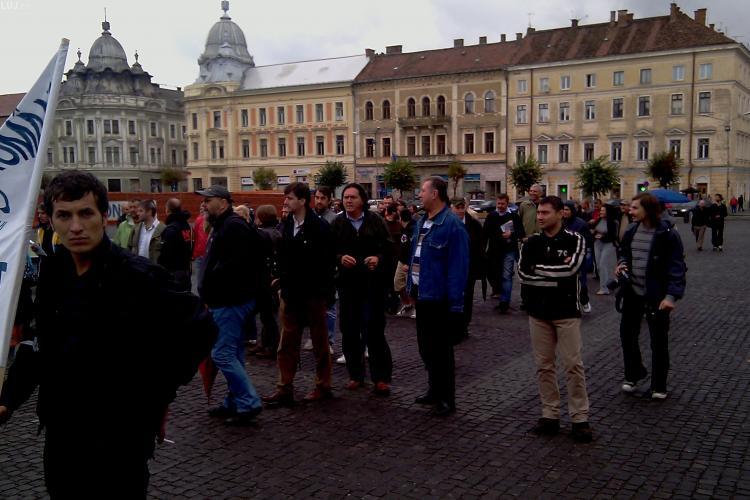 100 de jurnalisti, actori si artisti au protestat la Cluj. Mitingul a fost impotriva modului de plata a drepturilor de autor - VIDEO si FOTO