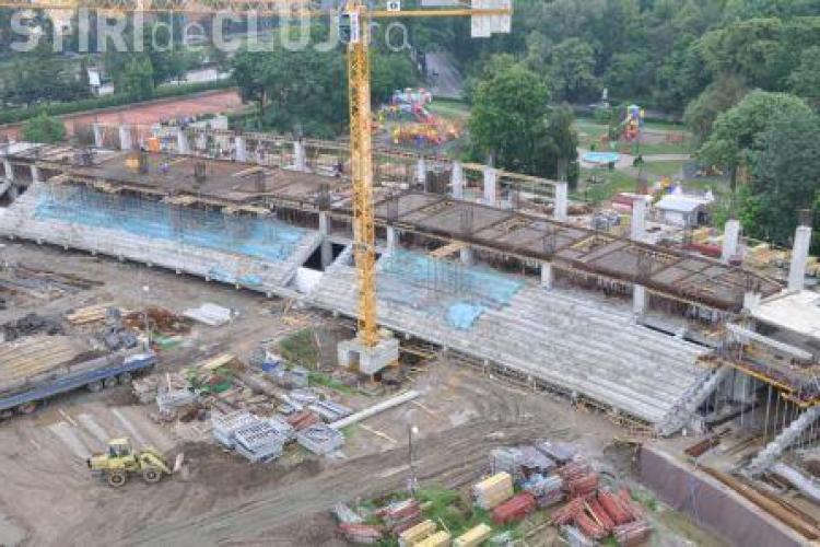 """Lucrarile la stadionul municipal """"Cluj Arena"""" sunt in intarziere"""