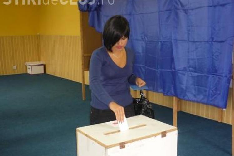 313 cetateni moldoveni au votat la referendumul pentru modificarea Constitutiei, pana la ora 20.52