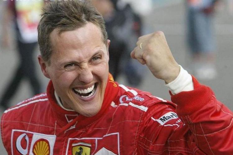 Vești bune despre fostul pilot Michael Schumacher