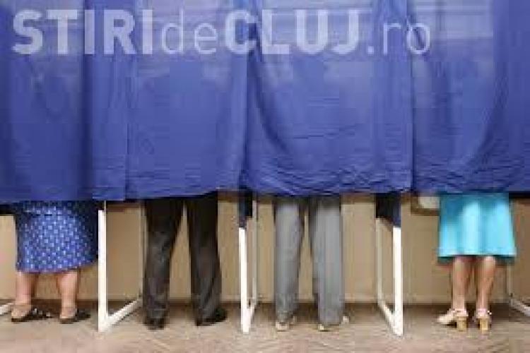 Alegeri prezidenţiale au loc pe 2 şi 16 noiembrie. Europarlamentare, pe 25 mai
