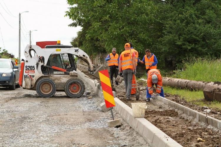 Firmele Diferit - Kiat CÂȘTIGĂ licitația pentru modernizarea drumurilor din Cluj-Napoca