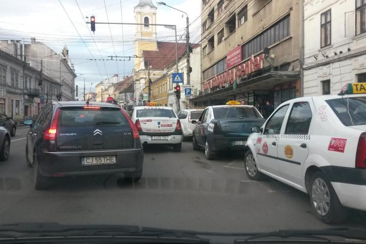 """Clujean: """"Nu-i mai suport pe taximetriștii din față de la Sora"""" - FOTO"""