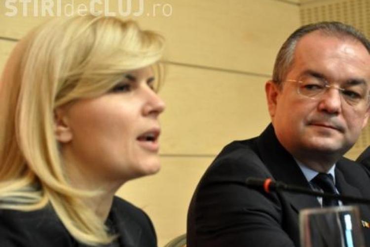 """Udrea vorbește despre absența lui Boc de la adunarea PDL: """"E un semn pentru PDL"""""""