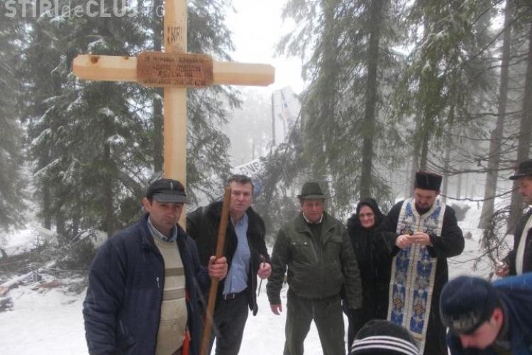 Moții din comuna Horea, în vizită la răniţii din accidentul aviatic. Le-au adus șorici, un tort și cărți de rugăciune