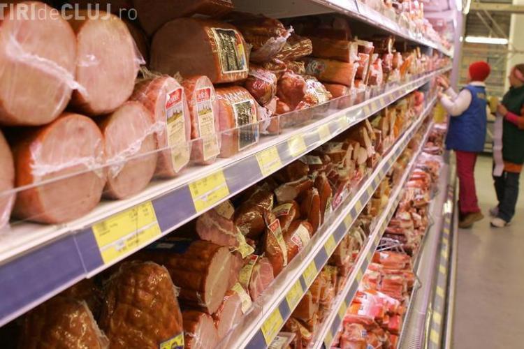 Amenzi de peste 63.000 de lei pentru supermarket-urile clujene. Produse din carne cu nereguli puse la vânzare