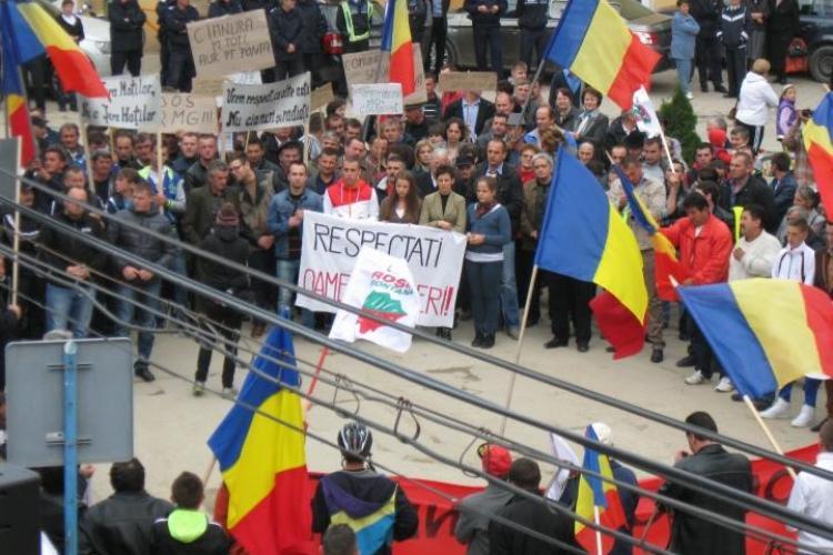 Marș împotriva proiectului de la ROŞIA MONTANĂ, la Câmpeni