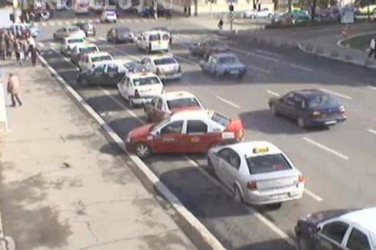 Nova Taxi și Taxi Daniel scumpesc tarifele zilele următoare / UPDATE: Nova Taxi dezminte că va majora tarifele