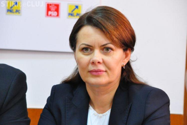 """Aurelia Cristea a vorbit pe blog despre viața de ministru și a încheiat cu """"Mulţumesc, mami!"""""""