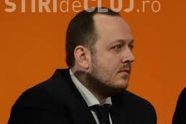 Adrian Papahagi, fondator PMP, și-a anunțat retragerea din politică