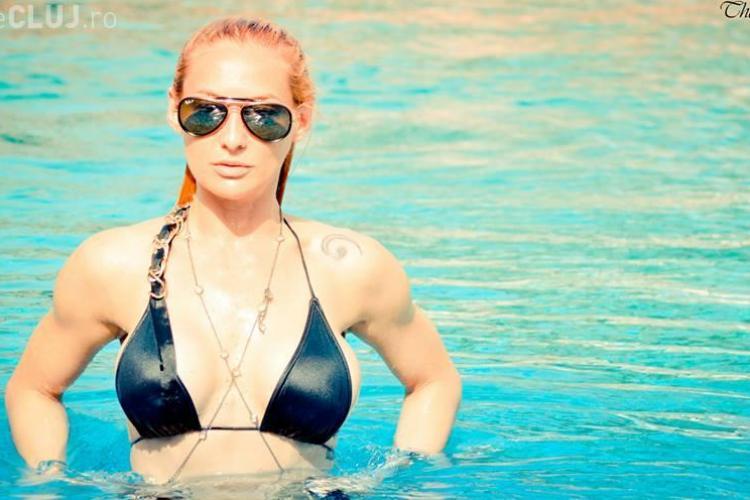 Blonda cu BMW de la Cluj a dansat pentru Enrique Iglesias, Britney Spears și Jennifer Lopez