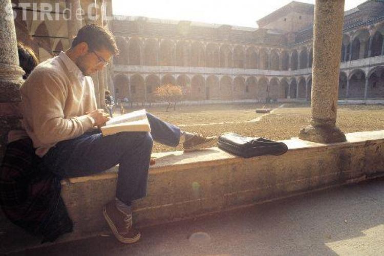 OFERTE de studiu în străinătate la Cluj! Cât sunt TAXELE și cum se pot obține BURSE la universități