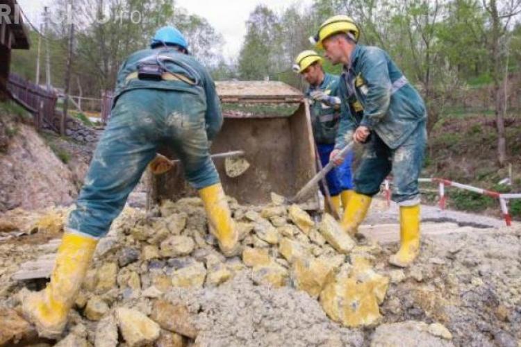 Angajaţii Roşia Montana Gold Corporation, trimişi în şomaj tehnic