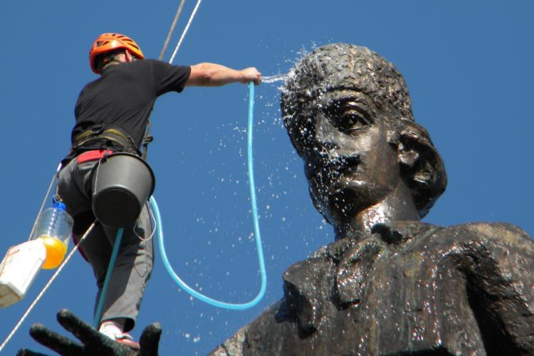 """Boc: """"Cât sunt eu primar, nu mă voi atinge de statuia lui Avram Iancu"""""""