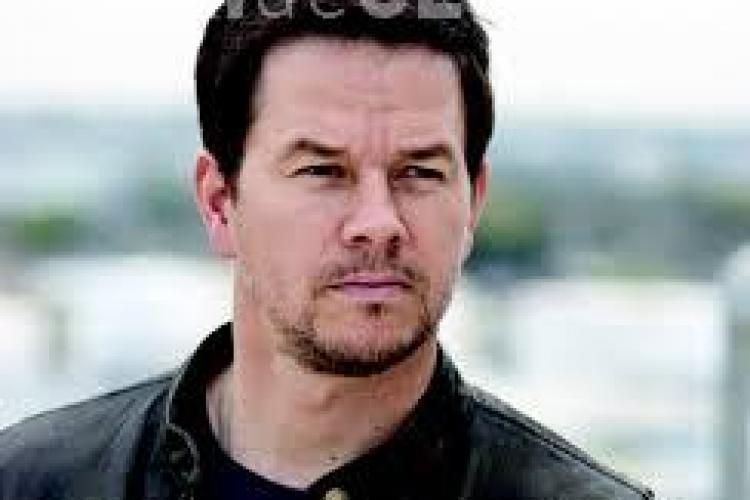 Ești fan Mark Wahlberg? Actorul a slăbit 18 kilograme - FOTO