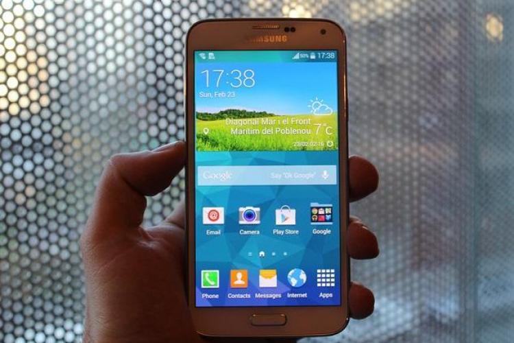Samsung Galaxy S5 - IMAGINI cu cel mai nou smartphone al coreenilor