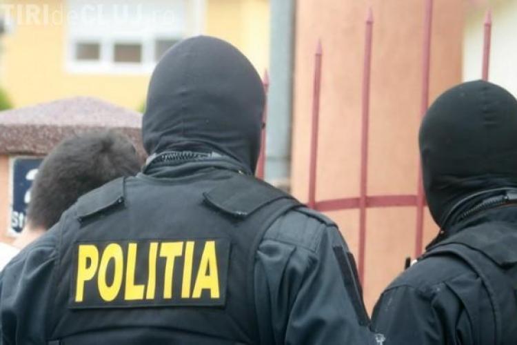 """Percheziţie domiciliară în Feleacu! Polițiștii au prins un hoț care și-a făcut """"depozit"""" acasă"""