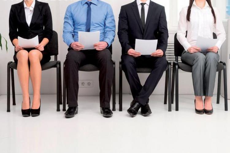 În România se MINTE în CV: nouă din zece candidaţi vor să păcălească angajatorul