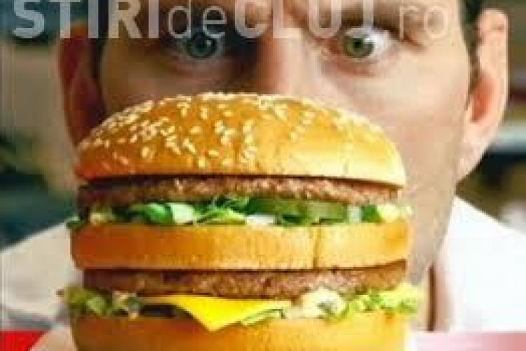 Ce efecte are consumul de fast-food asupra organismului: Fiecare meniu e o BOMBĂ