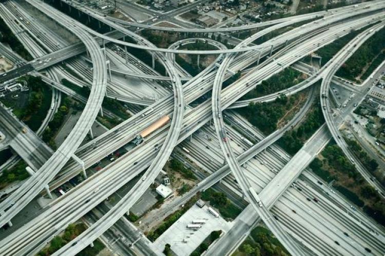 Acesta este cel mai complex nod de autostrăzi din lume - FOTO