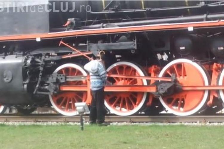 Locomotiva de epocă, expusă la Gara Cluj, WC public pentru unii - VIDEO