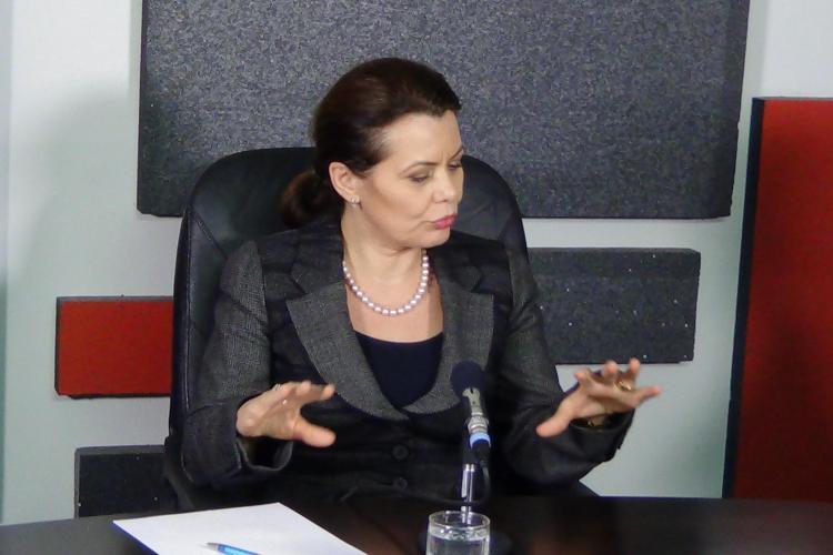 Aurelia Cristea, ministrul cu o poveste impresionantă: Am început ca vânzătoare. Nu e rușine să muncești - VIDEO