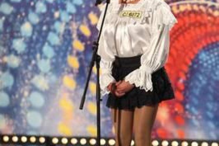 ROMÂNII AU TALENT - Sexy Moroșanca a făcut senzație. Numai Mihai Petre s-a prins