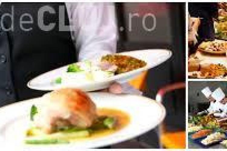 Ce firmă de catering din Cluj-Napoca livra carne stricată, VERDE, de la Michelangelo