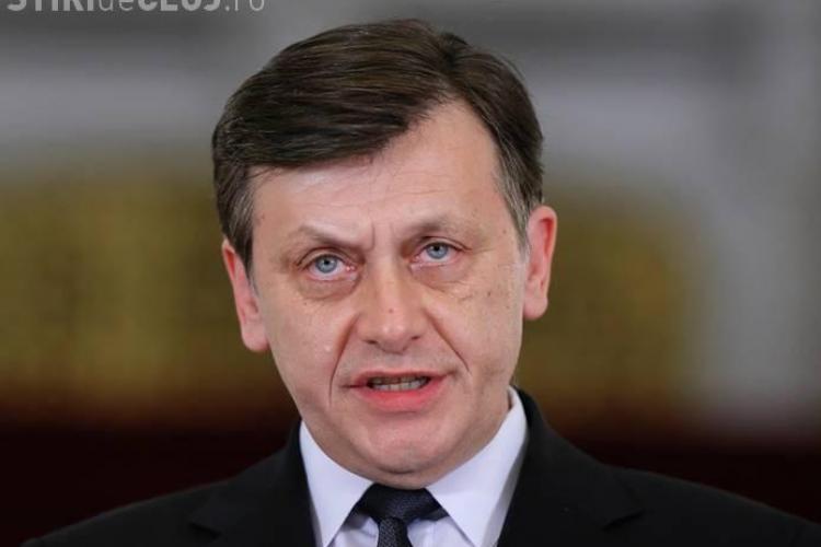 Crin Antonescu: Retragerea din fruntea partidului nu înseamnă și retragerea de la prezidențiale