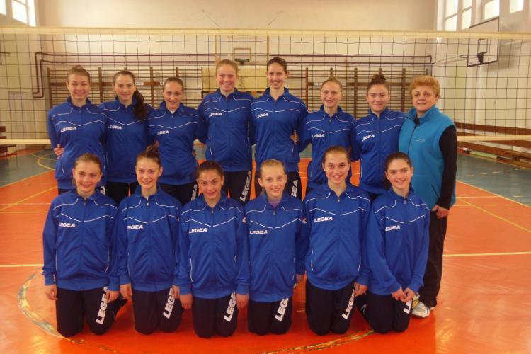 Echipa Liceului Sportiv Cluj, calificată la Turneul Final de junioare III de volei