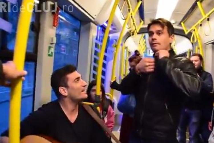 Flash mob muzical într-un tramvai MOV din Cluj-Napoca - VIDEO