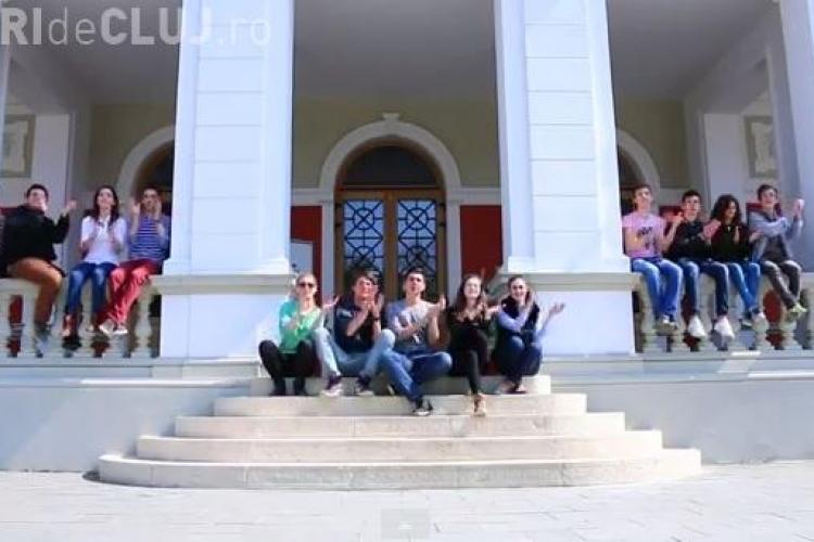 """Clip Happy realizat de elevii din Cluj-Napoca și Călărași - """"Școala fără frontiere"""" - VIDEO"""