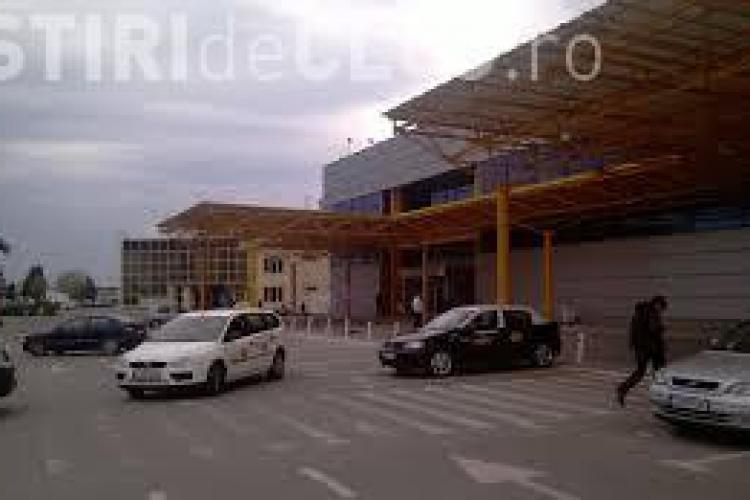 """Taximetriști ilegaliști în zona Aeroportului Internaţional """"Avram Iancu"""" Cluj"""