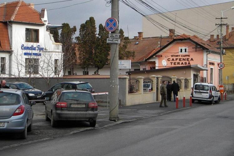 Tișe construiește un bloc TURN pe strada Ploiești. Soția lui spune că NU ȘTIE CU CINE VORBEȘTE