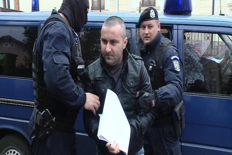 Hackerul șomer de la Cluj a pus SRI pe jar. Teodor Borș are 9 clase