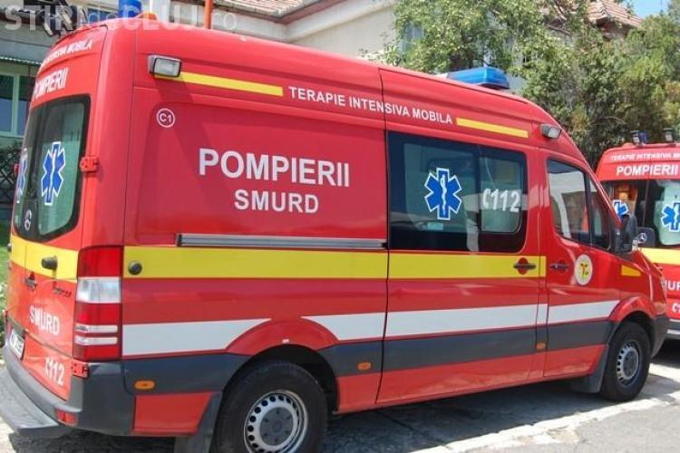 Accident cu o victimă în Piața Mihai Viteazu. Un șofer a trecut pe roșu și a făcut PRAF un autoturism