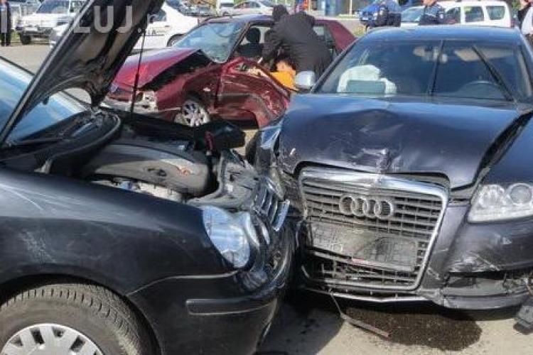 Consilierul județean Laurențiu Oprea implicat în accident la Gherla! Șoferul unei Dacii a fost vinovat - FOTO