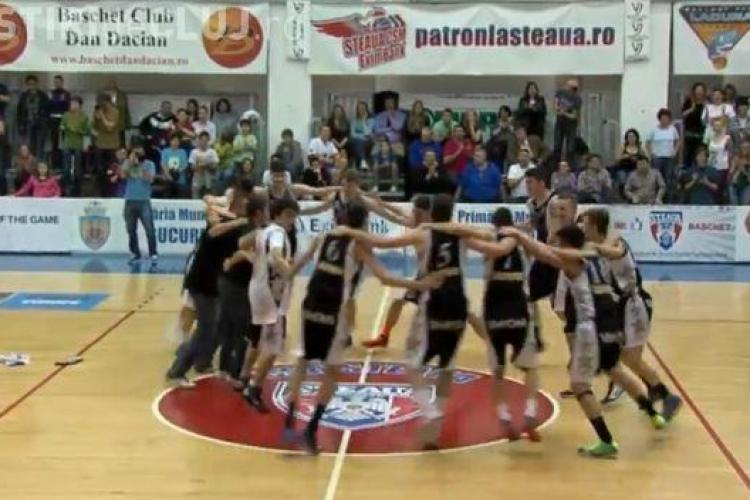 Jucătorii U Mobitelco sunt campioni nationali la U18