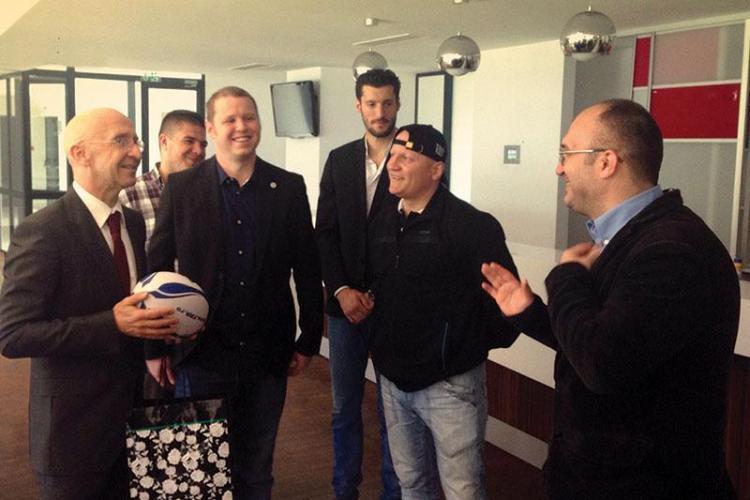 Echipa de rugby CS Mănăștur vizitată de ambasadorul Franţei. La echipă joacă mulți studenți francezi - FOTO