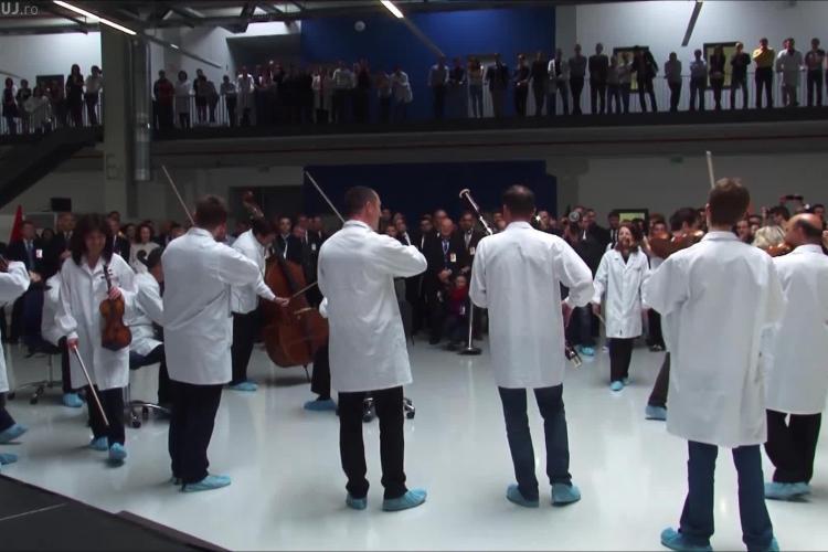 Flash mob muzical la Bosch, in parcul Tetarom. Artiștii de la Filarmonica Transilvania au cântat Odă Bucuriei - VIDEO