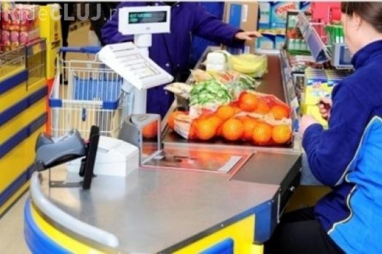 Ce salarii au casierii de la Carrefour, Lidl, Cora sau Kaufland