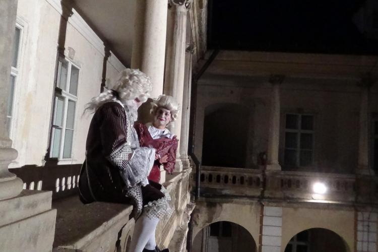 Noapte magică la Muzeu! Clujenii s-au înghesuit la Muzeul de Artă - VIDEO