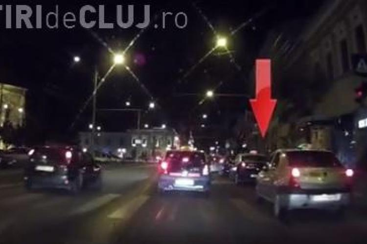 Cluburile din Piața Unirii atrag taximetriștii ca MUȘTELE - VIDEO
