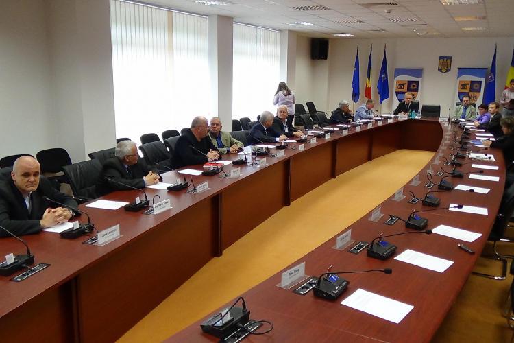 Scandal la Consiliul Județean Cluj, după ARESTAREA lui Uioreanu. Instituția nu mai este CONDUSĂ de nimeni - VIDEO