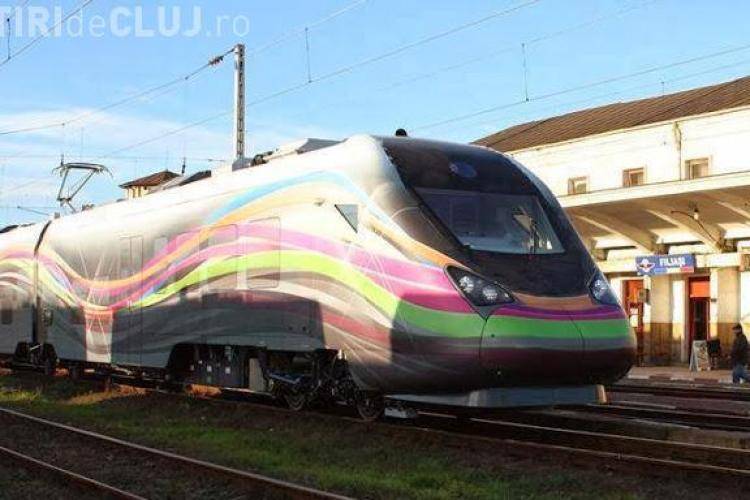 """Ponta a testat primul tren electric din România: """"Arată mai bine ca orice tren din Germania, Franța sau America"""""""
