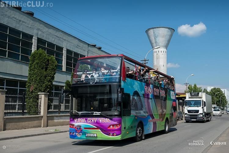 Tur gratuit cu un autobuz supraetajat la Cluj. Vezi ce mai poți face azi la Photo Romania Festival