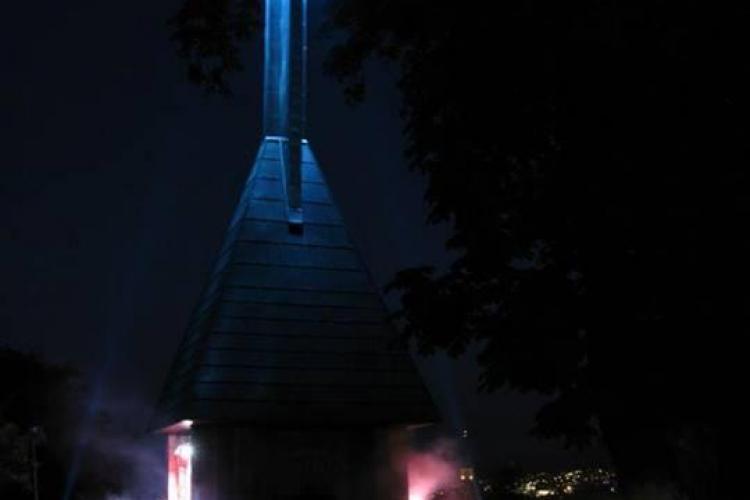 O rachetă de sunet și lumini decolează în fiecare seară de pe Cetățuie -  FOTO
