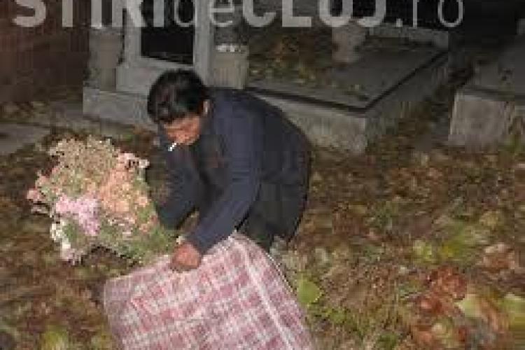 Furt de flori din Cimitirul Pomet, din cartierul Iris